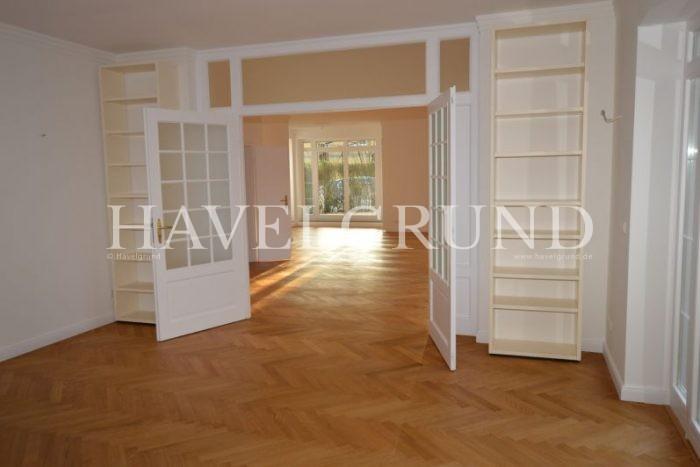 Leider konnten die Bilder von – SCHÖNER LEBEN – Große 9-Zimmer Villa im beliebten Falkensee – OT Finkenkrug – nicht geladen werden