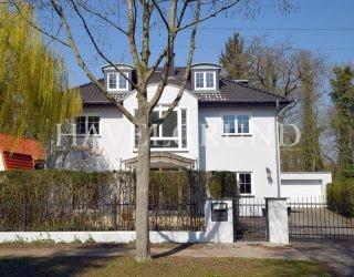 Schön wohnen – großzügig und modern – mit 9-10 Zimmern! Vor den Toren Berlins – Falkensee